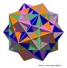 Há cinco maneiras de selecionar 8 vértices entre os 20 vértices do dodecaedro para formar um cubo (a imagem mostra os 5 cubos que têm seus vértices nos vértices do dodecaedro em cinco cores diferentes). Na imagem as arestas dos cubos são as diagonais das faces do dodecaedro.